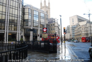 mansion-house-tube-geograph-2243438